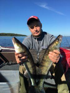 Рыбалка с гидом на Иваньковском водохранилище и Волге